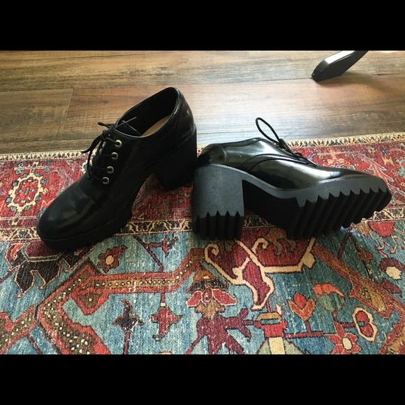 Black patent Zara shoes